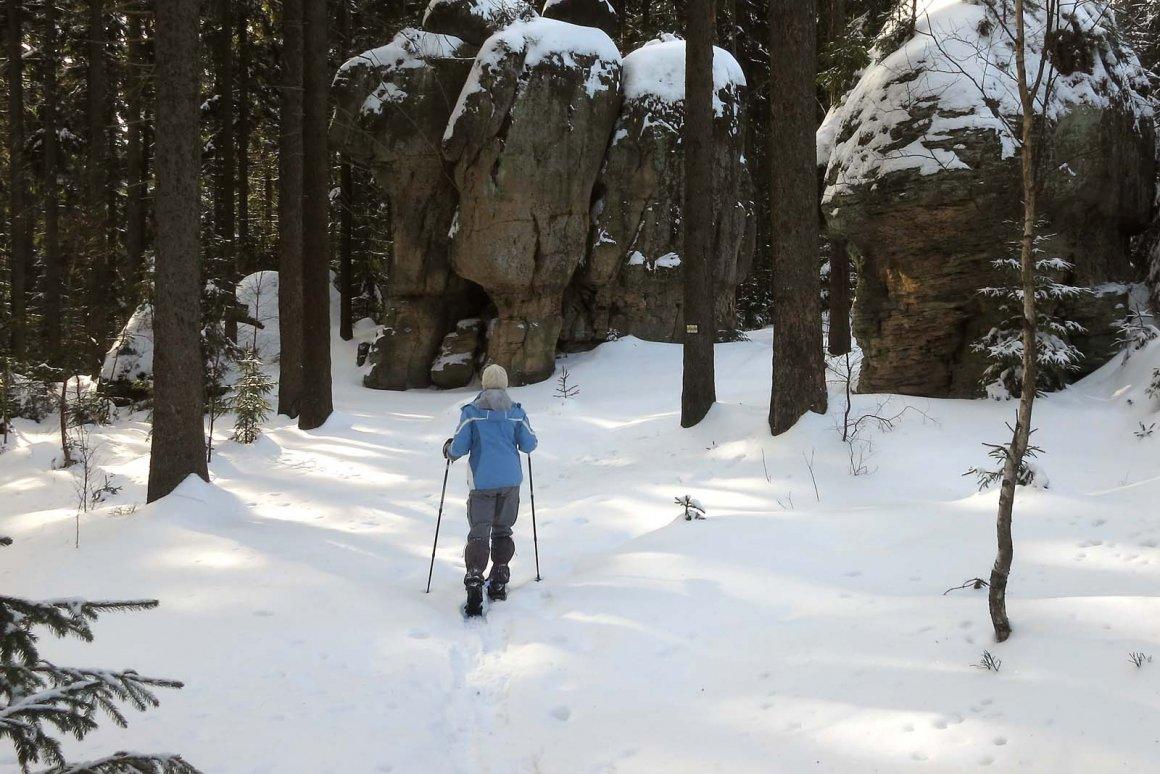 jak chodzić na rakietach śnieżnych
