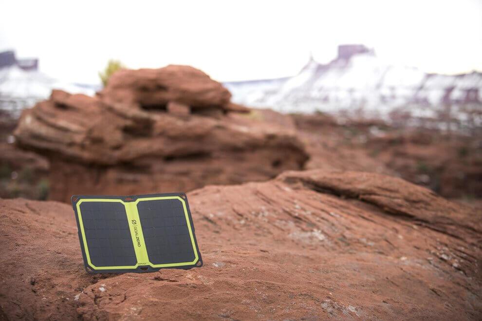 co warto wiedzieć o turystycznych panelach słonecznych